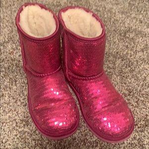 Ugg big girl size 3 pink sequin